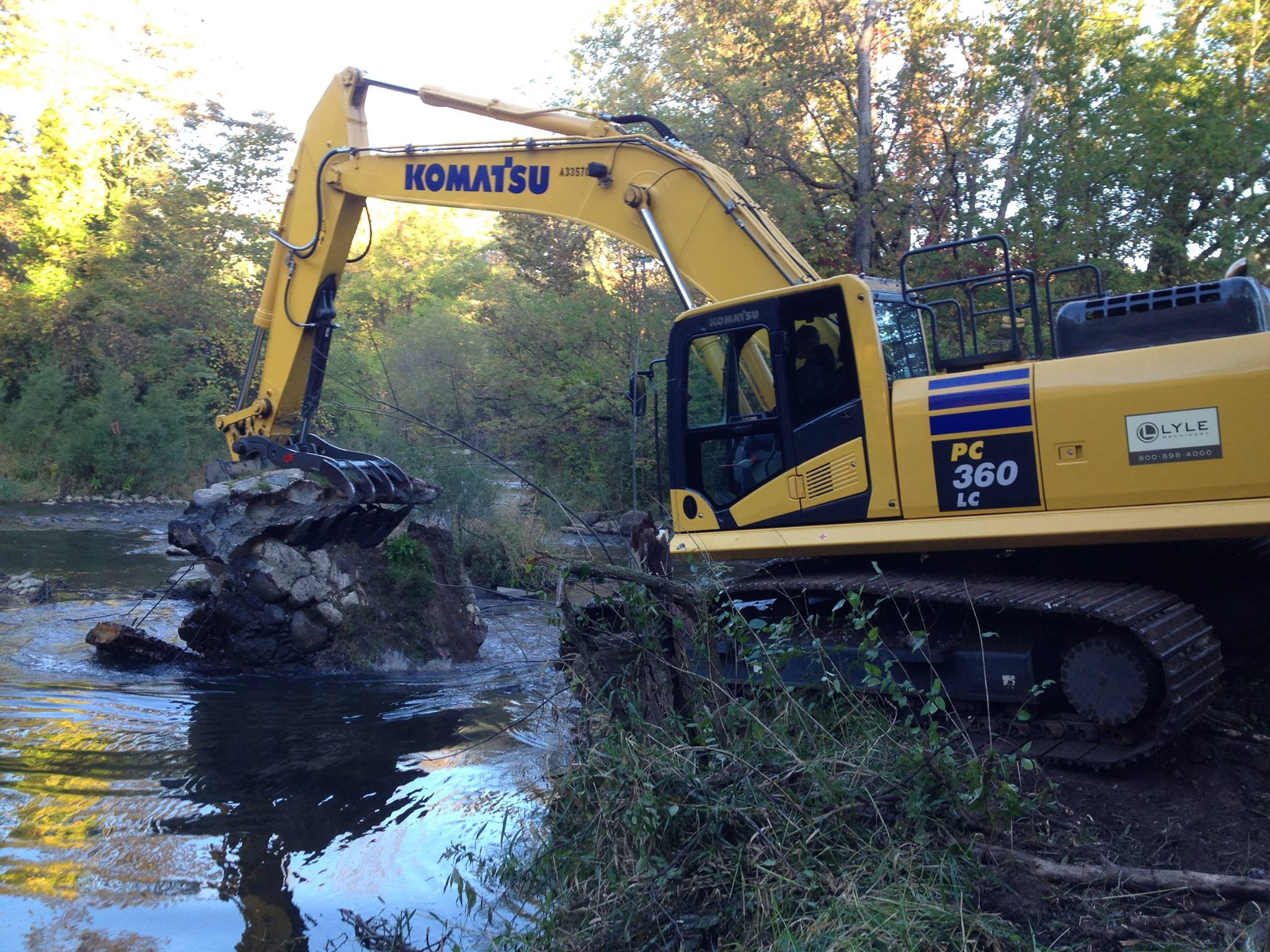 Rubble removal at Childsdale Dam